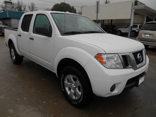 2013 Nissan Frontier Crew Cab 4WD